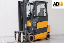 Jungheinrich EFG-318 elektrický vozík použitý