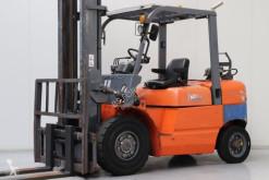 Vysokozdvižný vozík Heli HFG45 ojazdený