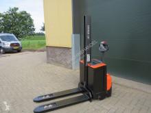 BT SWE-080-L stapelaar elektrische zeer goed stacker used pedestrian