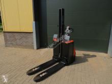 BT SWE-080-L stapelaar elektrische stacker used pedestrian