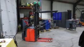 Linde l14ap staplaar elektrische met dubelehefing stacker used stand-on