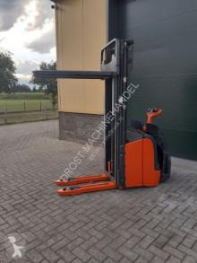 Apilador de conductor a pie Linde L16 stapelaar elektrische hefhoogte 539 cm accubj 2018