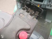 Voir les photos Chariot élévateur Mitsubishi FD40N