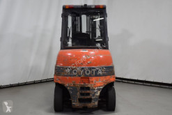 View images Toyota 7FBMF50 Forklift