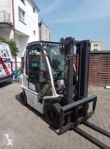 naložený vozík Nissan UG1D2A25LQ