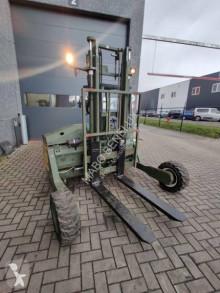 Carrello elevatore trasportabile Moffett M4 20.3 usato