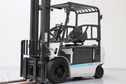 Caterpillar EP35K-PAC all-terrain forklift