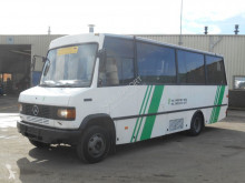 باص باص متوسط Mercedes 811D Passenger Bus 23 Seats