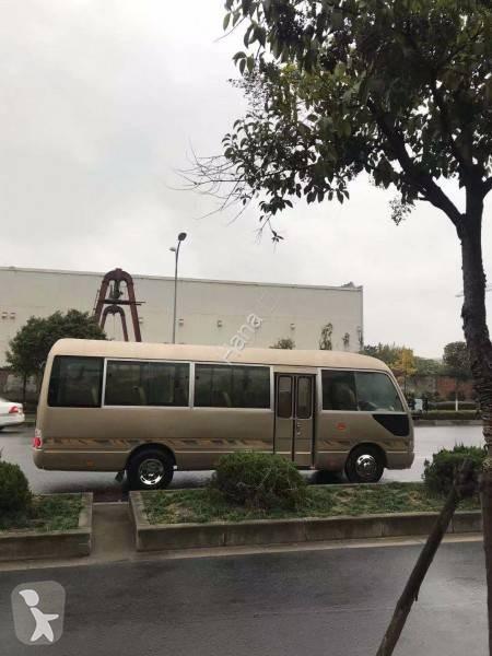 Voir les photos Autobus Toyota Coaster