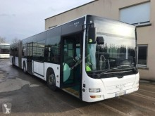 Bus interurbant MAN NL 223 articule