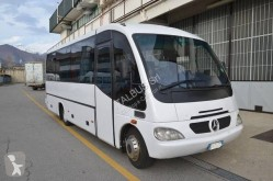 Autobús interurbano Mercedes 815 S
