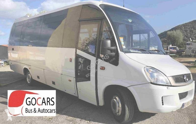 Voir les photos Autobus Iveco INGWI WING 31+1+1 tourisme