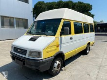 Used driving school bus Iveco Daily 40-10