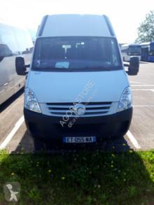 Iveco A50C18 bus