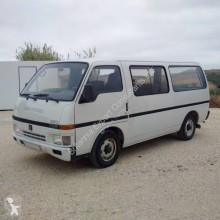 Isuzu minibus