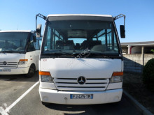 Camioneta Mercedes O 814 minibus usada