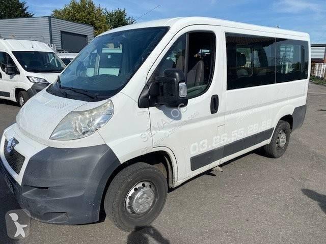 Voir les photos Autobus Peugeot boxer 9 places