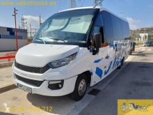 Minibús Iveco Daily 70C18