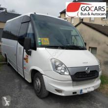 Minibus Iveco WING