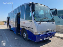 Bus interurbant Iveco CARBUS