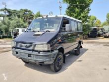 Iveco Daily Turbo 40.10 4x4 minibús usado