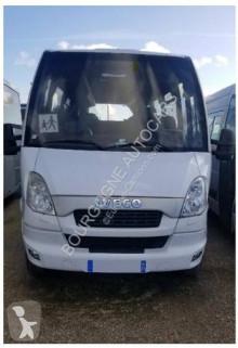 Voir les photos Autobus Iveco Wing
