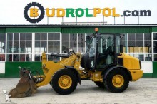 Caterpillar 906H incarcator pe roti second-hand