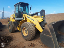 Pala gommata New Holland W 170
