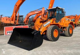 Shovel Doosan dl250-3 tweedehands