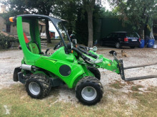 Avant tecno mini loader 520