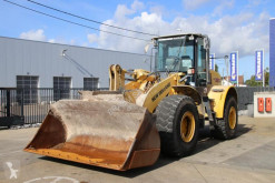 New Holland W 190 B incarcator pe roti second-hand