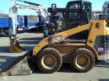 Caterpillar mini loader 226