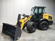 New Holland W 80 incarcator pe roti second-hand