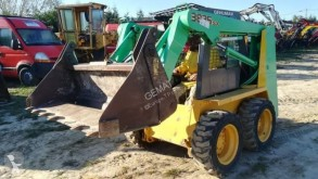 Gehl SL 3825 used mini loader