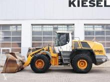 Liebherr L556 pá carregadora sobre pneus usada