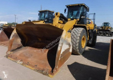 Caterpillar 972M incarcator pe roti second-hand