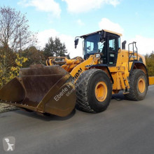 Hyundai wheel loader HL970