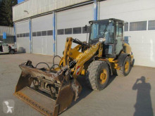 Caterpillar 907 H incarcator pe roti second-hand