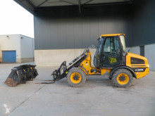 JCB 407 incarcator pe roti second-hand