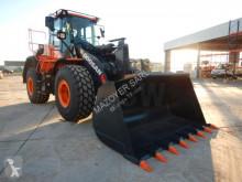 Doosan DL 350 pá carregadora sobre pneus usada