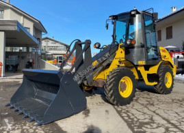 New Holland w50tc chargeuse sur pneus occasion
