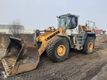 Liebherr L580 2+2 used wheel loader