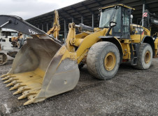 Caterpillar CAT 972 M chargeuse sur pneus occasion