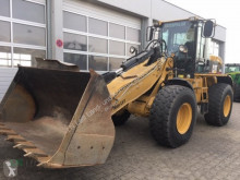 Pá carregadora Caterpillar 930 G pá carregadora sobre pneus usada