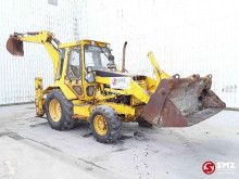 Tractopelle rigide Caterpillar 438 B