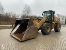 Pá carregadora Caterpillar 950K pá carregadora sobre pneus usada