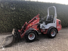 Weidemann farm loader