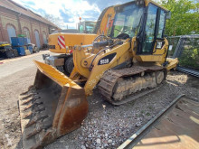 Caterpillar 953D used track loader