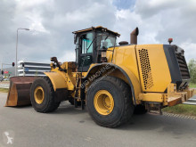 Caterpillar wheel loader 966M