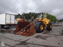 Pá carregadora sobre pneus Volvo L 220 E